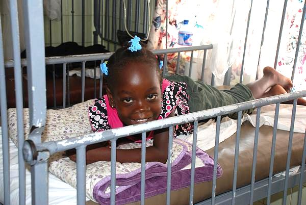 A little patient at the Pediatric Ward of the Saint Joseph´s Catholic Hospital